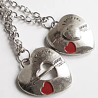 """Парные кулоны для влюбленных """"Половинки сердца""""."""