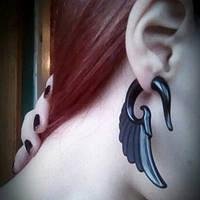 """Фэйк серьги """"Черные крылья"""", имитация растяжек. Материал: акрил., фото 1"""
