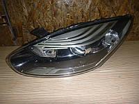 Фара левая Renault Megane III 13- (Рено Меган 3), 260605817R