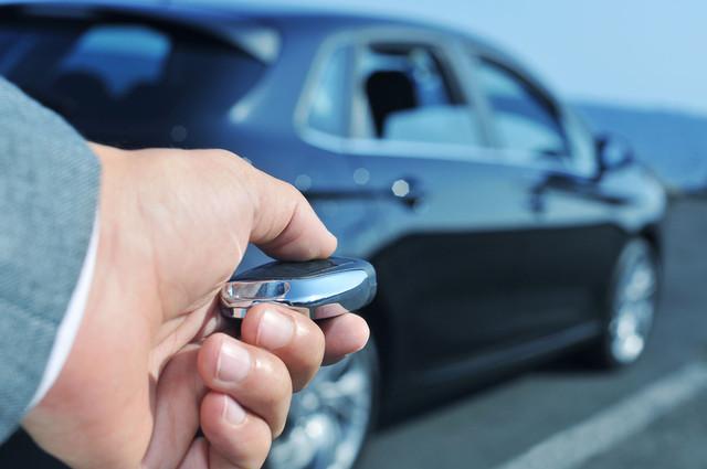 Охрана авто: сигнализации, центральные замки, стеклоподъемники, противоугонные системы