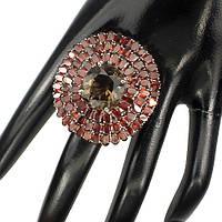 Роскошное серебряное кольцо с гранатами и раухтопазом