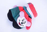 Теплые детские варежки с мягкой игрушкой