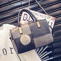 Большая женская сумка c меховым брелком Boston черно серая, фото 1