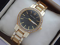 Женские кварцевые наручные часы Anne Klein на металлическом браслете