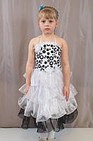 Детское красивое новогоднее платье воланами
