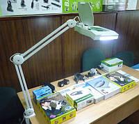 Лупа-лампа 3 диоптрии 190x157мм с ЛЕД подсветкой, фото 1