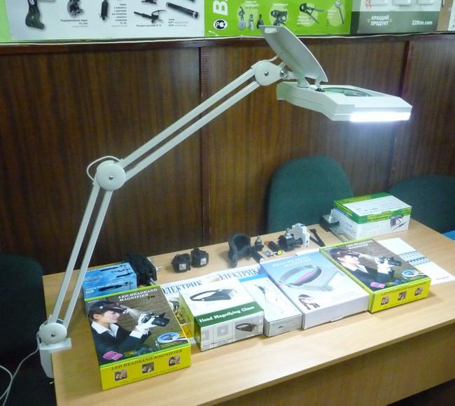 Лупа-лампа 5 диоптрий 190x157мм с ЛЕД подсветкой косметологическая 8069