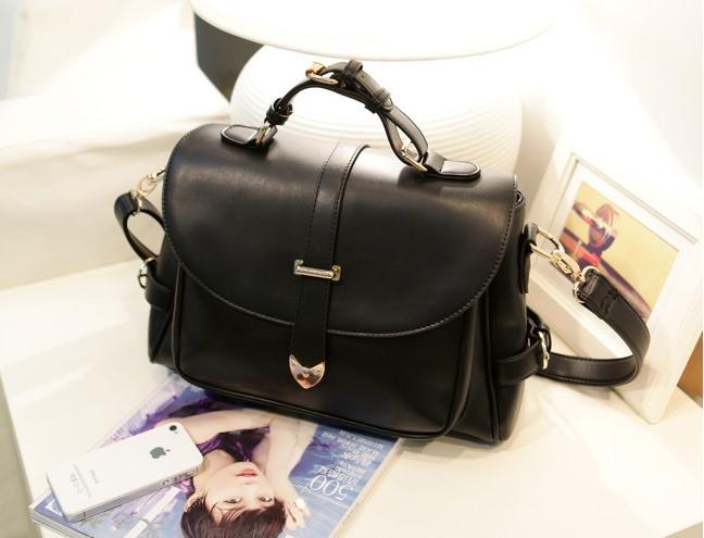 Женская винтажная сумка Почтальон черная  продажа e7e3e627f1b2e