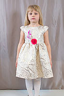Детское изумительно красивое платье из парчи.