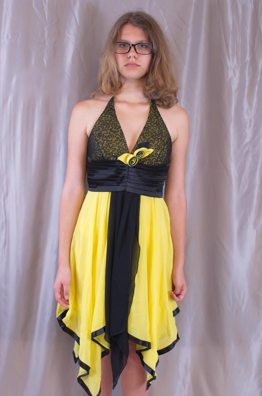 Оригінальна жіноча молодіжна вечірня сукня