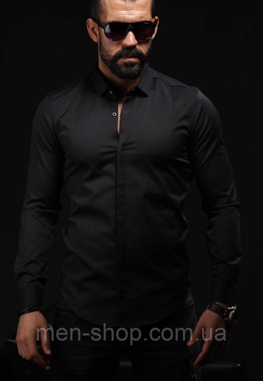 Мужская рубашка черного цвета