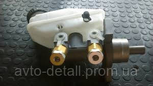Цилиндр главный тормозной с бачком Авео Вида без ABS GM