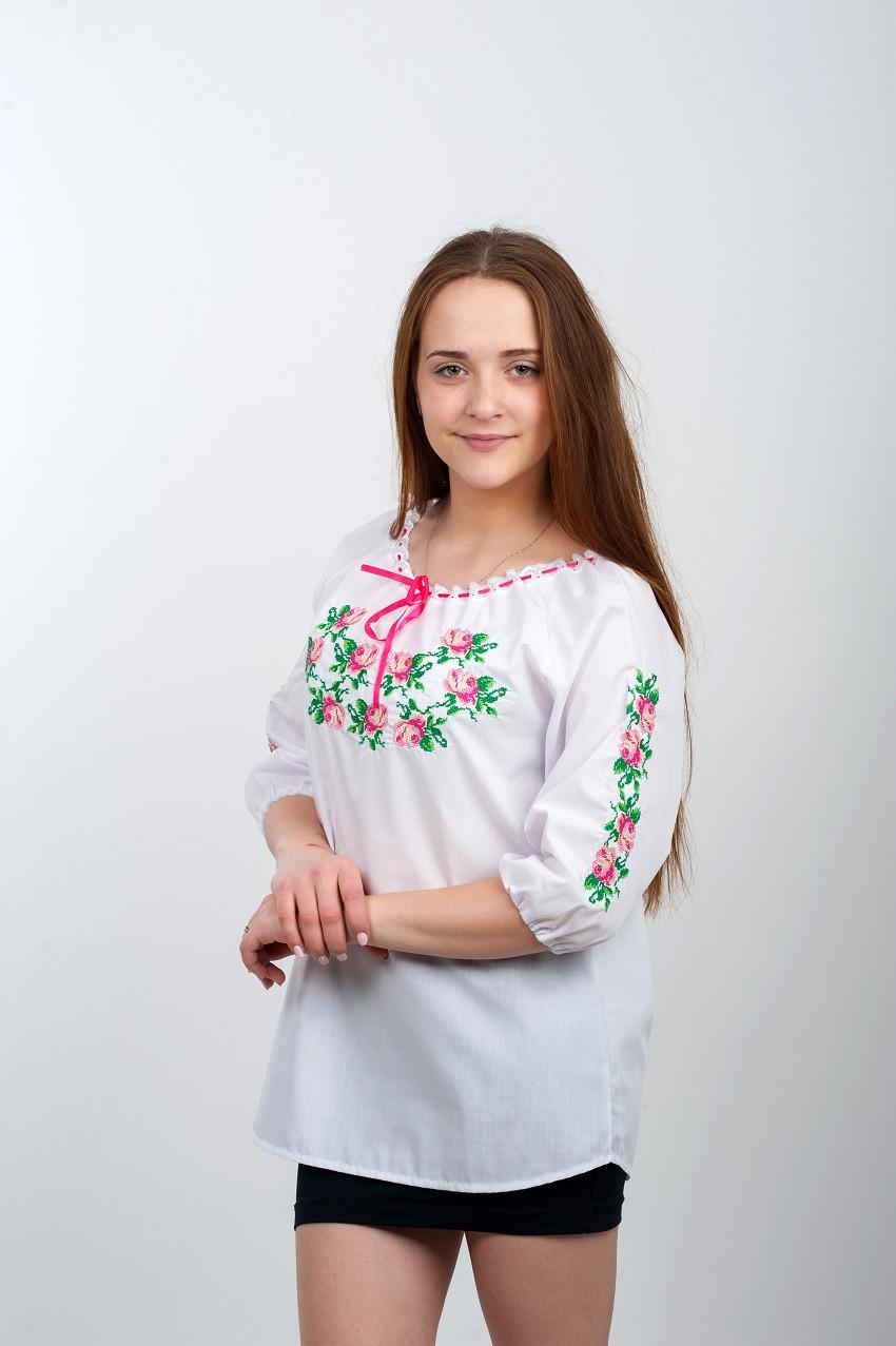 """Белая женская вышиванка """"Розовая нежность"""""""