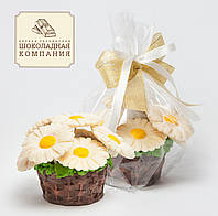 "Корзина из шоколада ""Ромашки"".Весенний подарок женщине."