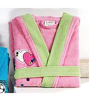 Детский халат ALTINBASAK розовый с зелёным (сердечки) 8-10 лет.