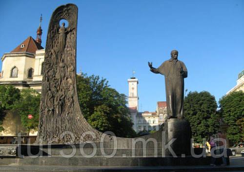 фото памятник Шевченко