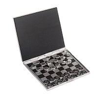 Игра дорожная шахматы и шашки.