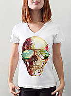 """Женская футболка """"Череп в очках"""""""