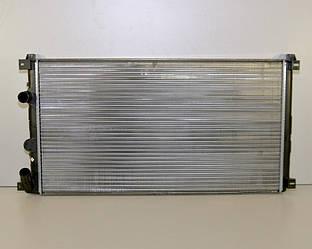 Радиатор охлаждения двигателя на Renault Master II 03->2010 1.9-3.0 (+/-AC)  — Thermotec (Китай) - D7R010TT