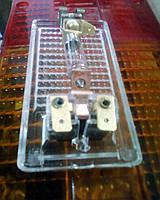 Оригинальный фонарь освещения салона Таврия. Плафон осв. салона 11022-3714010 боковой. Плафон с лампочкой