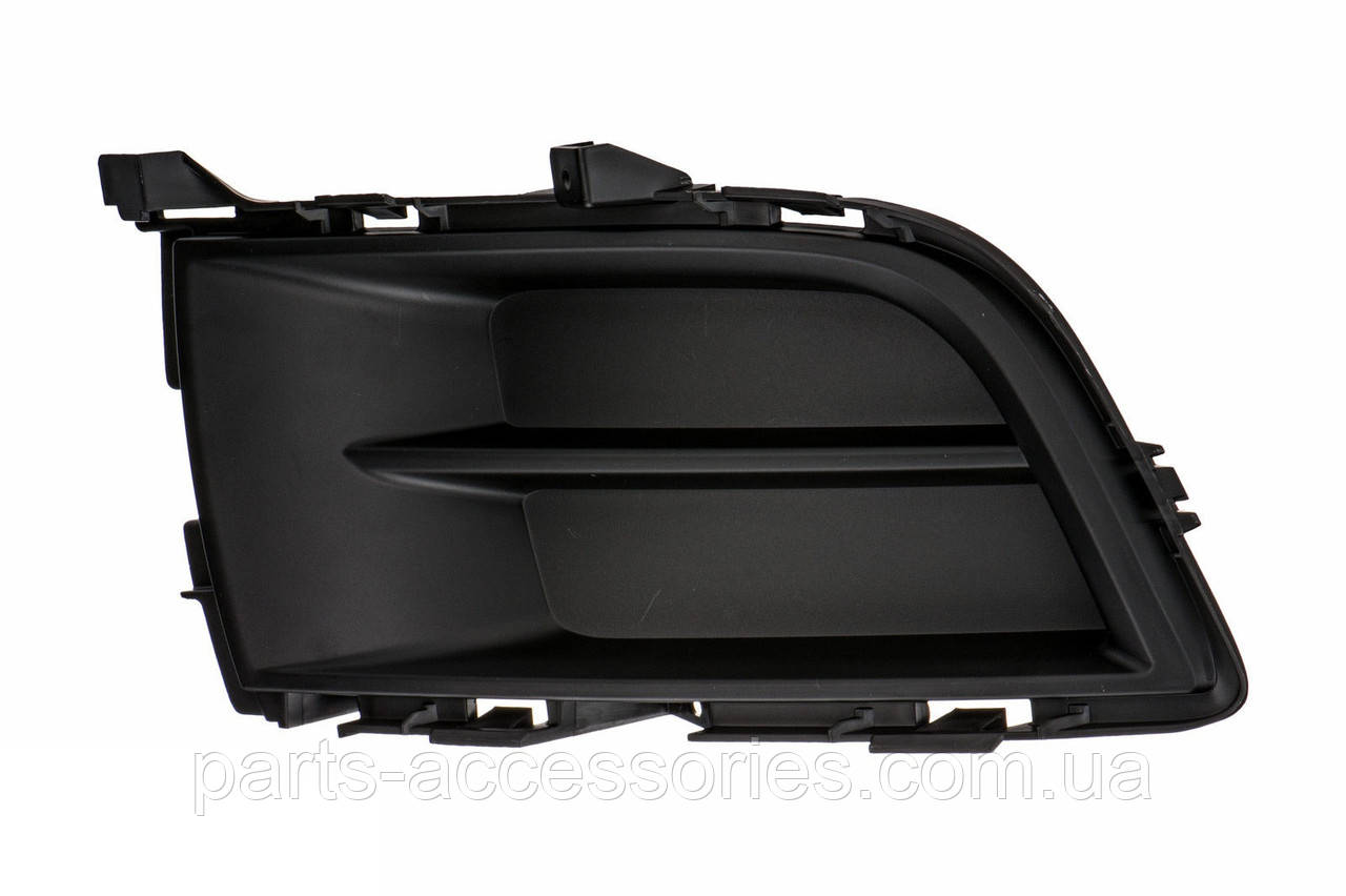 Решетка в передний бампер правая Mazda 6 2009-2013 Новая Оригинал