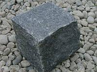 Гранитная брусчатка колотая, Габбро, (темно-серая), 100х100х50 мм.