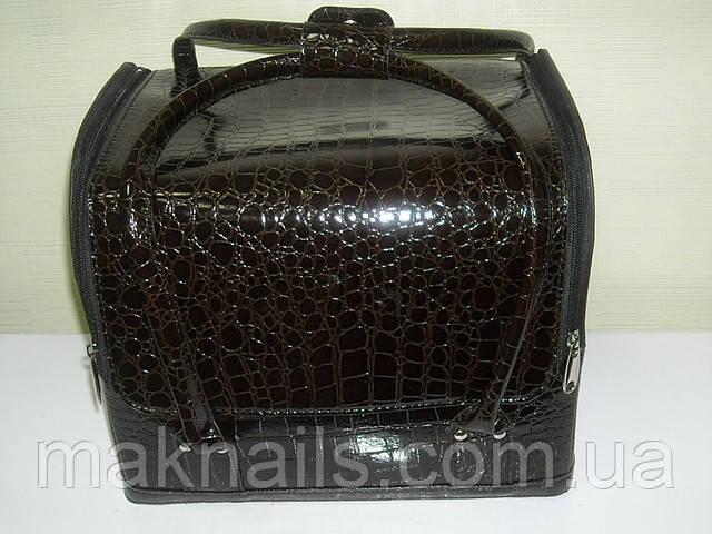 Бьюти-кейс. сумка для мастеров индустрии красоты .  Цвет -коричневый,. Лаковый.