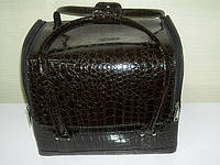 Бьюти-кейс. сумка для мастеров индустрии красоты .  Цвет -коричневый,. Лаковый., фото 1