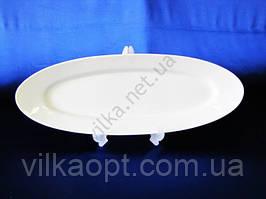 Блюдо для рыбы керамическое белое 59 х 20,5 cm.