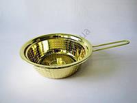 Дуршлаг нержавеющий с ручкой 24 см.  Италия золото