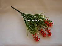 Искусственный куст зелени с оранжевым мелкоцветом - соцветия