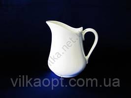 Кувшин керамический белый 1,3 л.    17 см.