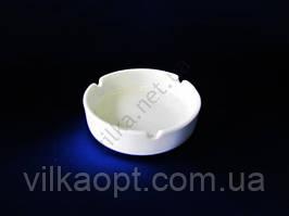 Пепельница керамическая белая д. 10 см.  h-3 cм.