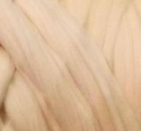 Толстая, крупная пряжа 100% шерсть мериноса. Цвет: Персик. 21-23 мкрн. Топс.