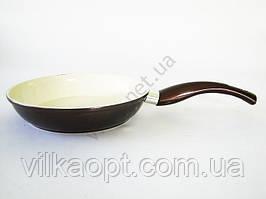 Сковорода AMY 22 см. коричневая с керамикой