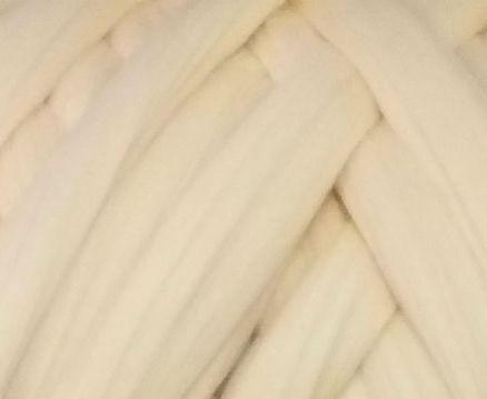 Товста, велика пряжа 100% вовна мериноса. Колір: Шампанське. 21-23 мкрн. Топсі.