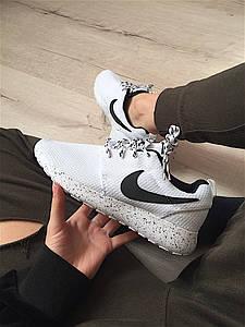 Женские кроссовки Nike nike roshe АТ-332