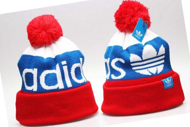 Зимняя шапка Адидас unisex