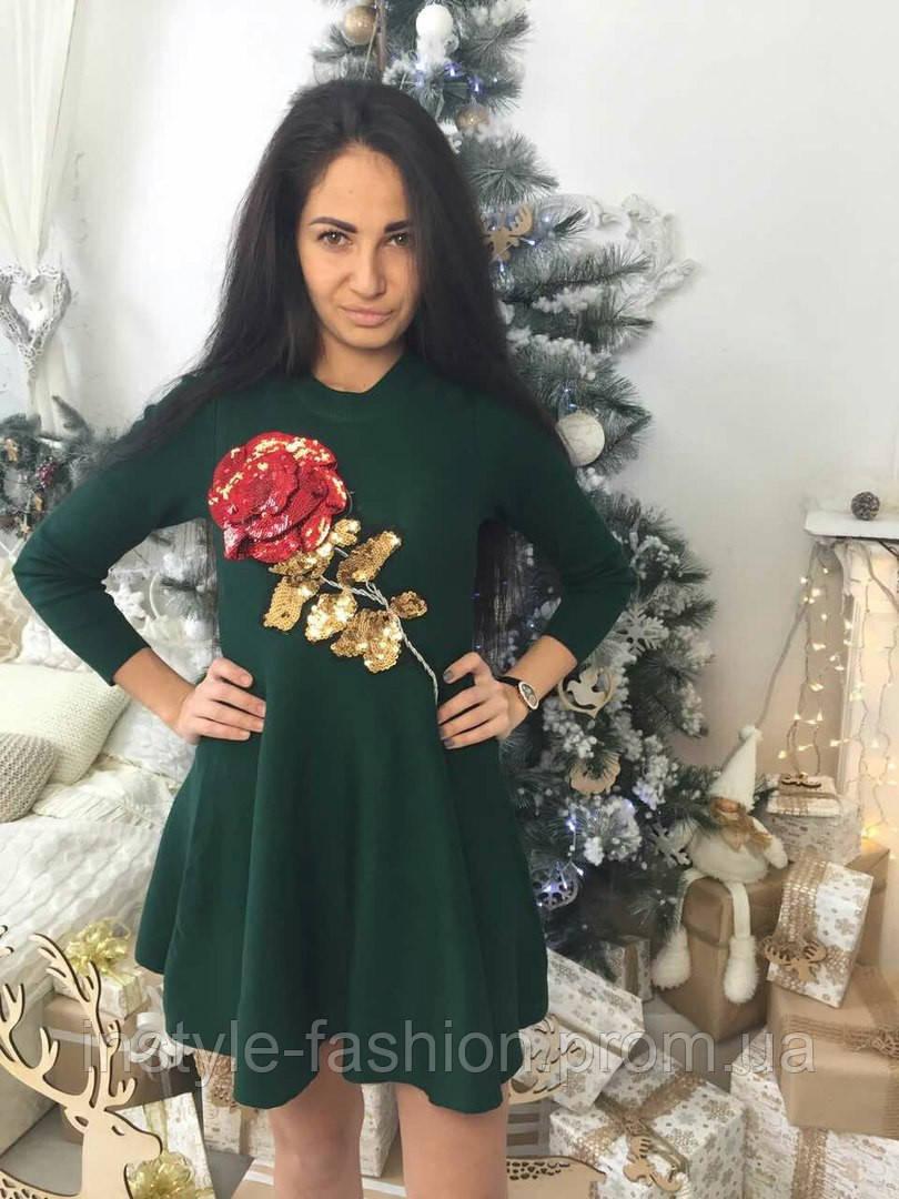 Красивое платье с розой ткань трикотаж машинная вязка цвет зеленый