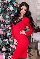 Женское красное  платья по фигуре с кружевом