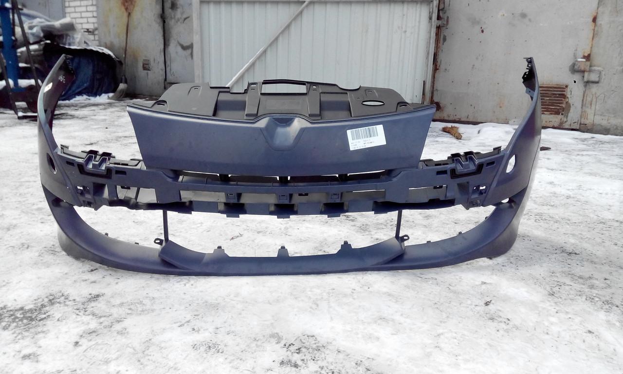 Бампер передний Рено Меган 3 RS