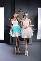 Прекрасное короткое вечернее платье в стиле Беби-долл с ажурной аппликацией на лифе
