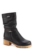 Кожаные женские зимние черные полусапожки на каблуке Romax