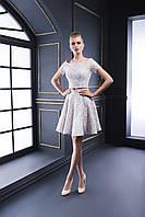 Милейшее короткое вечернее платье в стиле Беби-долл для юной леди