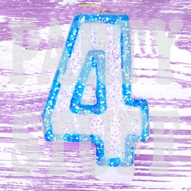 Свеча-цифра для торта голубая 4