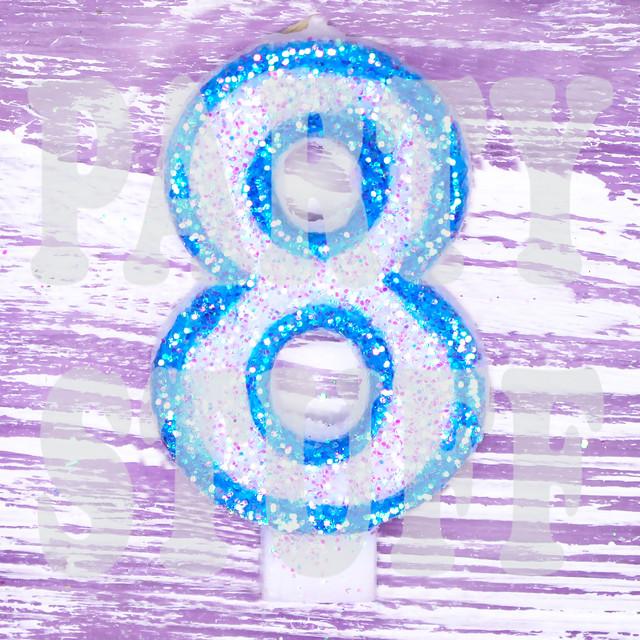 свечи-цифры для торта голубые 8
