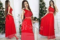 Вечернее красное  шифоновое платье с атласным поясом, красивый цветок на плече. Арт-9322/65