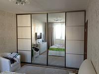 Шкаф купе для спальни с комбинированными дверьми полд заказ