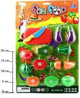 Игровой набор разрезных овощей на липучке. Разрезные муляжи овощей и фруктов.
