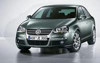 Лобовое стекло на Volkswagen Jetta 2005-11 г.в.
